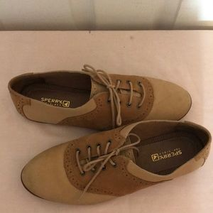 Ladies Sperry Oxford Shoes Size 10